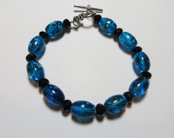 Oceans blue glass beaded bracelet