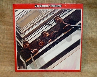 THE BEATLES - The Beatles/1962-1966  - 1973 Vintage Vinyl 2 lp Gatefold Record Album