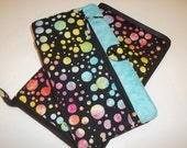 Deluxe Spill Proof Needlecase in Sassy Dots with Blue for tips, circs and short dpns