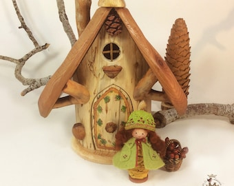 Willodel Wee friend and Pine House Set