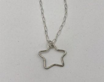 Star Sterling Silver Necklace | The Bleu Giraffe