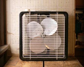 Vintage Black and White Eskimo Box Fan - Great Retro Decor!