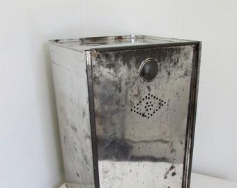 Vintage hoosier cabinet bread box