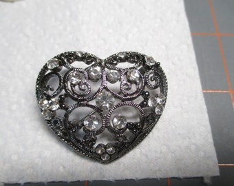Vintage Heart Brooch With Stones