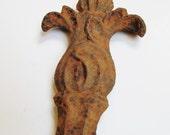 Rusty Cast Iron Salvage Piece - Vintage Garden Fence - Antique Architectural