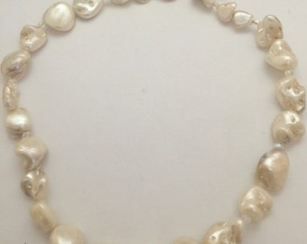 store on sale Nugget pearl necklace