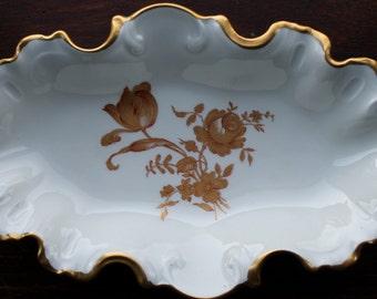 Limoge France Porcelain Gold Gilded Dish/ Vintage Limoge/Vintage Trinket Dish/Limoge Gold Gilded Scalloped Edge Nut Dish
