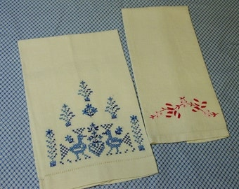 2 Sweet Guest Towels, Blue Embroidery and Red Embroidery