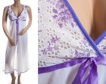 Romantic wispy sheer double layer white flimsy nylon and purple floral design lace overlay detail 1960's vintage long nightgown - 3554