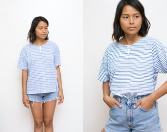 Blue Striped Shirt / 90s Shirt / Oversized Striped Blouse 90s Grunge Medium Slouchy T Shirt Vintage Unisex Boyfriend Tee
