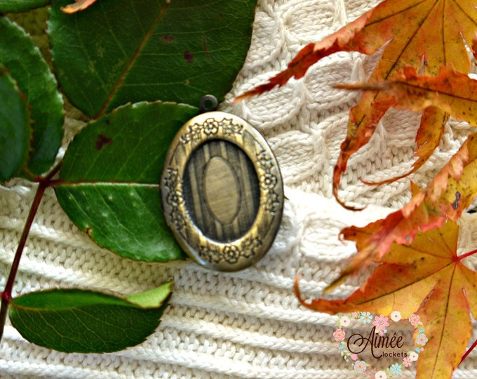 vintage brass locket, oval antique bronze locket, victorian locket, photo locket, memory locket, romantic keepsake locket