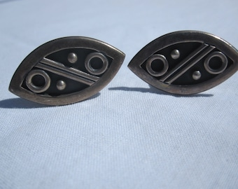 Vintage Sterling Taxco Mexico Modernist Cufflinks/ Artist signed