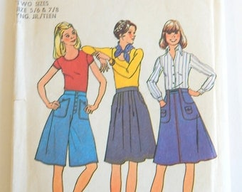 1976 Simplicity Pattern 7404 Young Junior/Teens Skirts and Culottes Gaucho Skirt 22 & 23 inch Waist