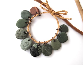 Beach Stone Beads Pebble Charms Mediterranean Diy Jewelry Natural Stone Beads River Stone Charms Rock Pairs Green FOREST CHARMS 16-19 mm