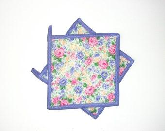 Quilted Pot Holders, Cottage Chic Spring Decor, Hot Pads, Violet, Flowers, Kitchen Decor, Set of 2