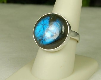 Labradorite Ring, Size 10, Royal Blue Flash, Large Round Cabochon, Spectrolite, Sterling Silver, Blue Labradorite, Natural Labradorite