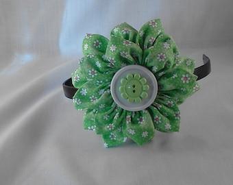 Flower medallion headband