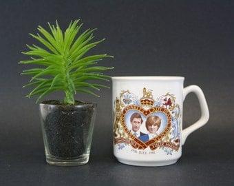 Vintage Charles & Diana Royal Wedding Commemorative Coffee Mug (E6573)