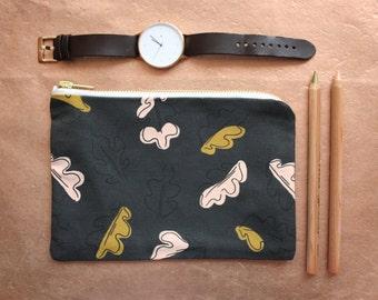 Campbell Zip Bag