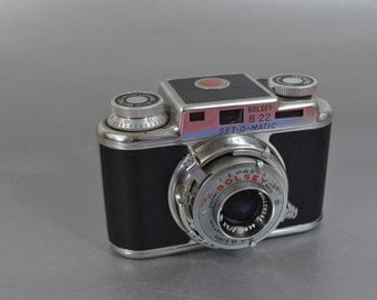 Vintage Bolsey B-22 Set-O-Matic Camera