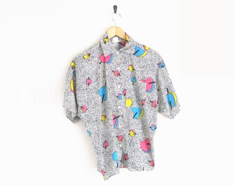 Vintage 90s Shirt. Crazy Fun 90s Print Button Down Shirt. Heart Print Shirt with Pointed Collar. Saved By The Bell. Mens Vintage Unisex.