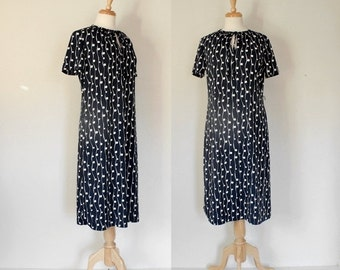 THE LOVE SALE 60s Dress / Polyester Day Dress  / 60s Day Dress / Sheath Dress