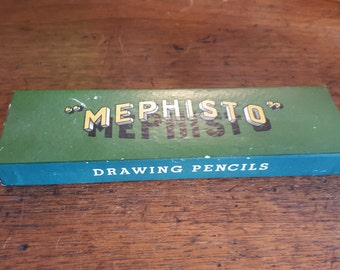 Rare vintage box of Mephisto - L&C Hartmuth Fine Drawing Pencils