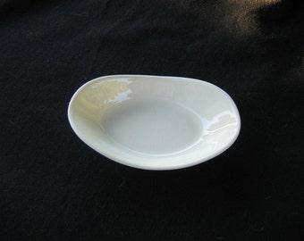 TAG White Ceramic Soap Dish