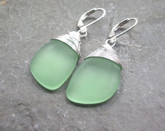 sea glass ear rings light green seaglass beach glass jewelry  earrings-bridesmaid earrings- teardrop  earrings