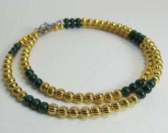 108 beads tiny mala bracelet on memory wire - wrap bracelet in gold plated and genuine malachite - 108 4mm bracelet for yoga and meditation