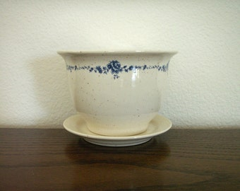 Ceramic Planter with Saucer