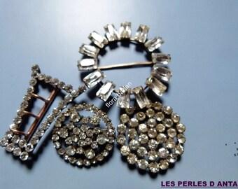 4 belt buckles antiques