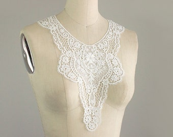 New Item! Ivory Lightweight Edwardian Lace Applique Collar / Vintage Style Bodice Collar / Delicate Lace Neckline / Front or Back Applique