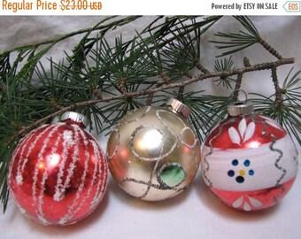 Valentine SALE Vintage Poland Glittered Christmas Ornaments (3) Hand Painted