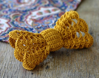 Mustard yellow crochet hair bow Vintage inspired hair accessory for women, girls Boho chic Gold lace