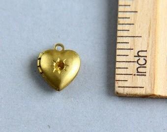Heart Locket, Tiny Heart Locket, Heart Locket Pendant, Locket Pendant, Gold Brass Locket Pendant, Heart Pendant,Love Locket,10mm ( 1 piece )