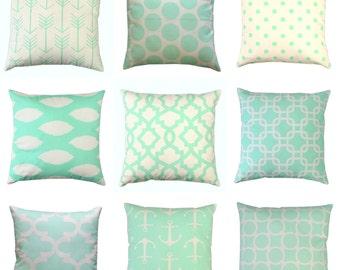 Mint Throw Pillows, Mint Green Pillow Cover, Zippered Pillow, Cushion Cover, Mint Pillow Cases, Green Bed Pillows, Mint Decor, Couch Pillows