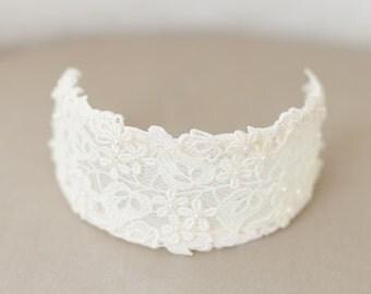 Vintage Ivory Bridal Headpiece, Lace Bridal Cap, Ivory Lace Crown, Princess Grace, Ivory Veil Cap, Wedding Cap Headpiece - STYLE 34