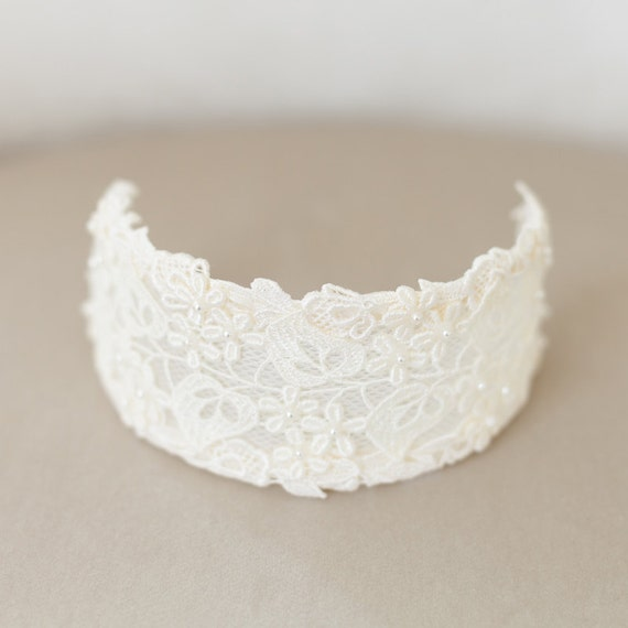 Vintage Ivory Bridal Headpiece, Lace Bridal Cap, Ivory Lace Crown, Princess Grace, Ivory Veil Cap, Wedding Cap Headpiece - STYLE 34