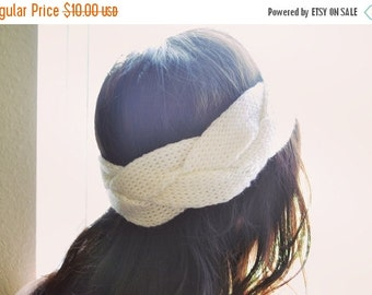 VALENTINES DAY SALE White Infinity Knit Headband