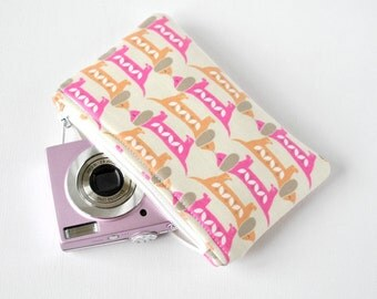 Novelty sausage dog woman's gadget padded travel camera mini make up pouch animal print in pink and orange.