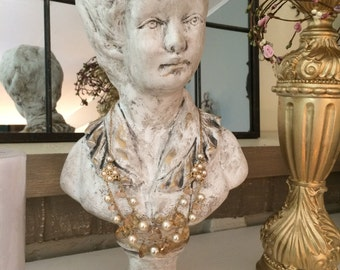French Nordic, Victorian lady bust
