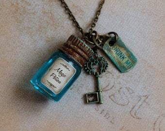 Alice in Wonderland necklace - Eat Me Drink Me Necklace - Fairy tale necklace - Magic Potion Necklace - Verdigris Necklace - Key Necklace