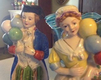 "8.25"" Victorian Couple Statues Figurines Holding Balloons"