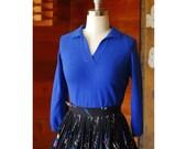 SALE / vintage 1950s sweater / 50s royal blue wool sweater / size medium large