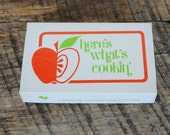 Vintage Here's What's Cookin' Apple Theme Recipe Cards 24 in Orignal Current Box