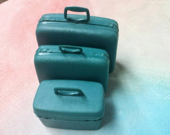 Suitcase Samsonite   Barbie fashion Outfit 11 inch dolls 3 piece Teal Blue