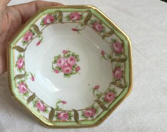 Nippon Morimura bowl green mark pink octagonal bowl roses panel border gold beading Victorian Edwardian Nippon