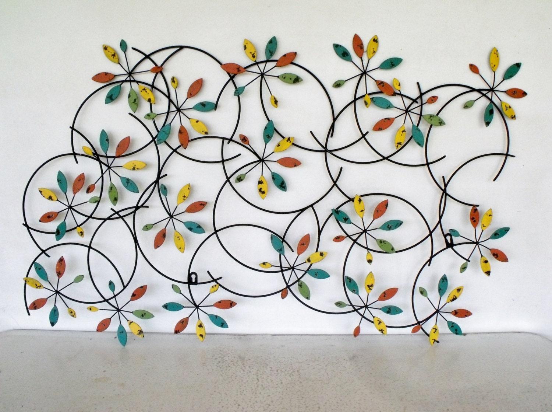 Metal stars wall decor