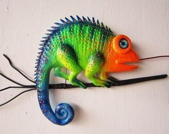 Chameleon art sculpture